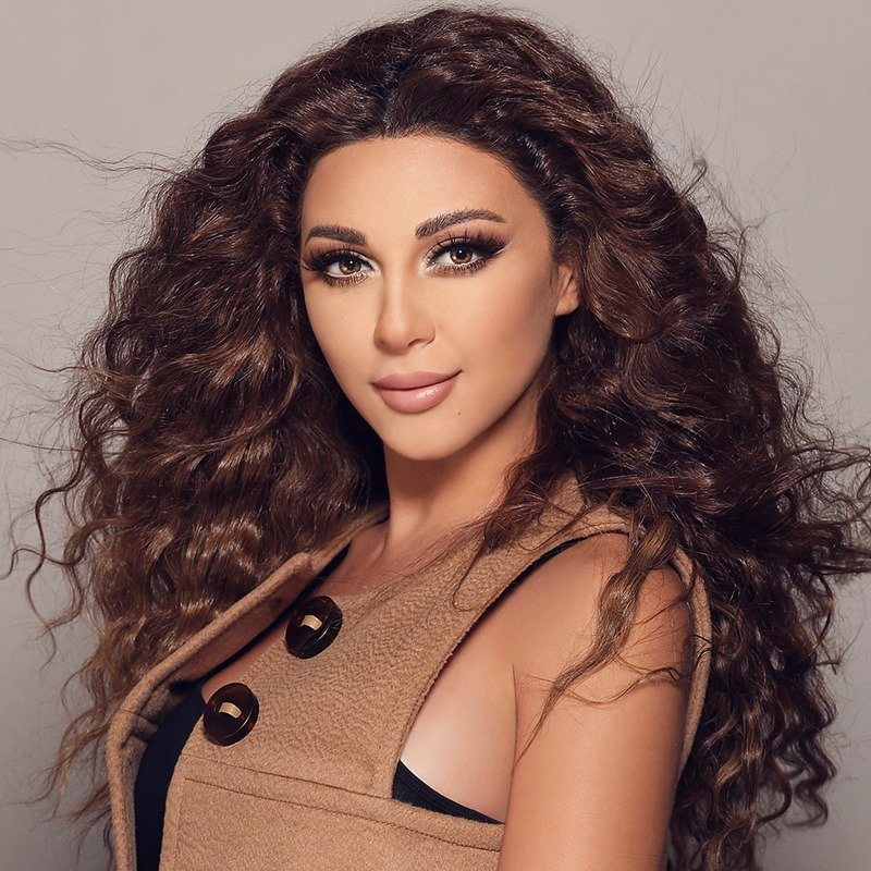 Onstage International | Myriam Fares - Singer, Celebrity